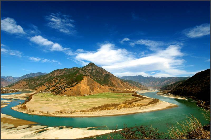 First Bend of Yangtze River